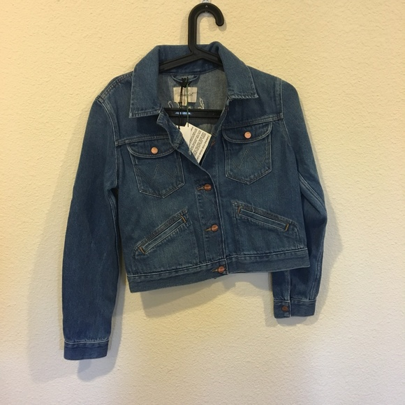 Wrangler Jackets & Blazers - NWT Wrangler jean hello floral jacket